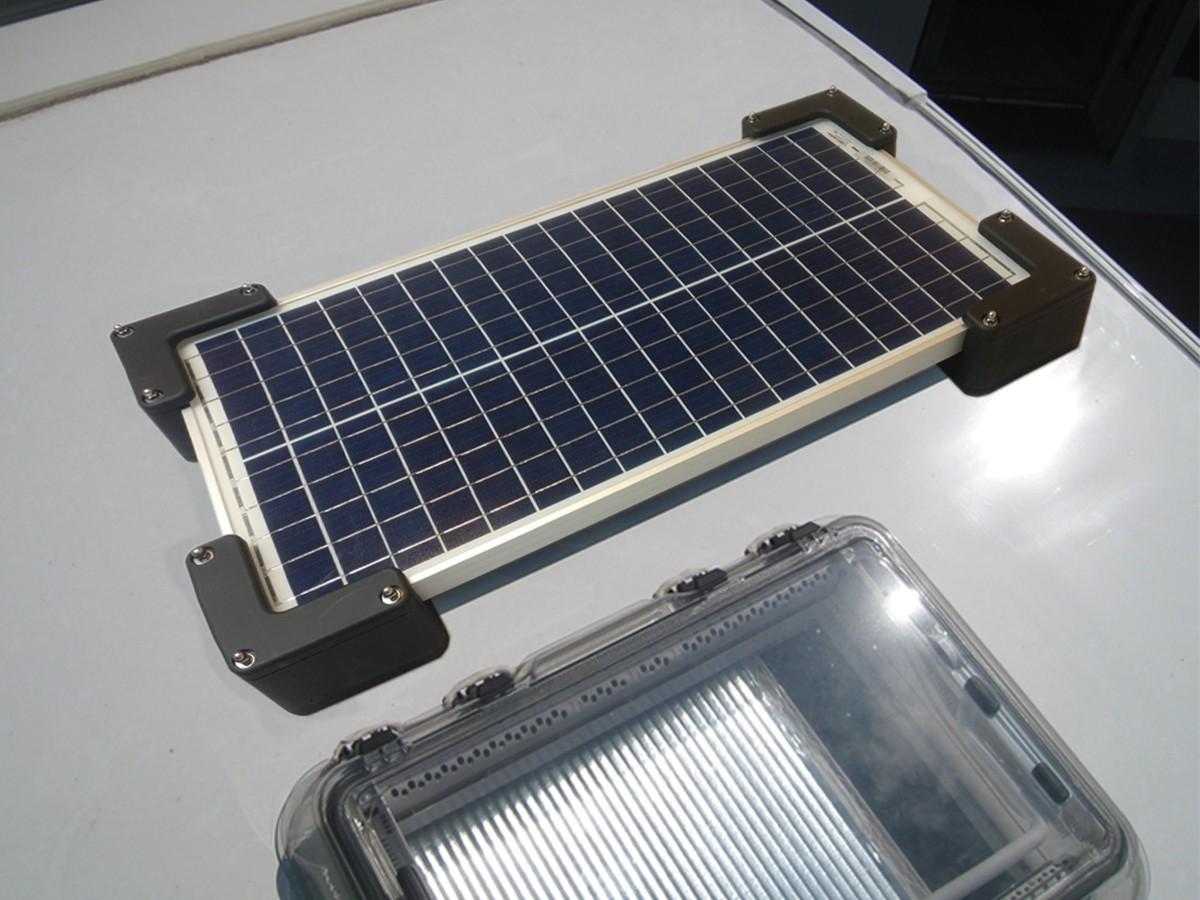 Qui contacter pour installer un kit solaire sur votre camping-car ?